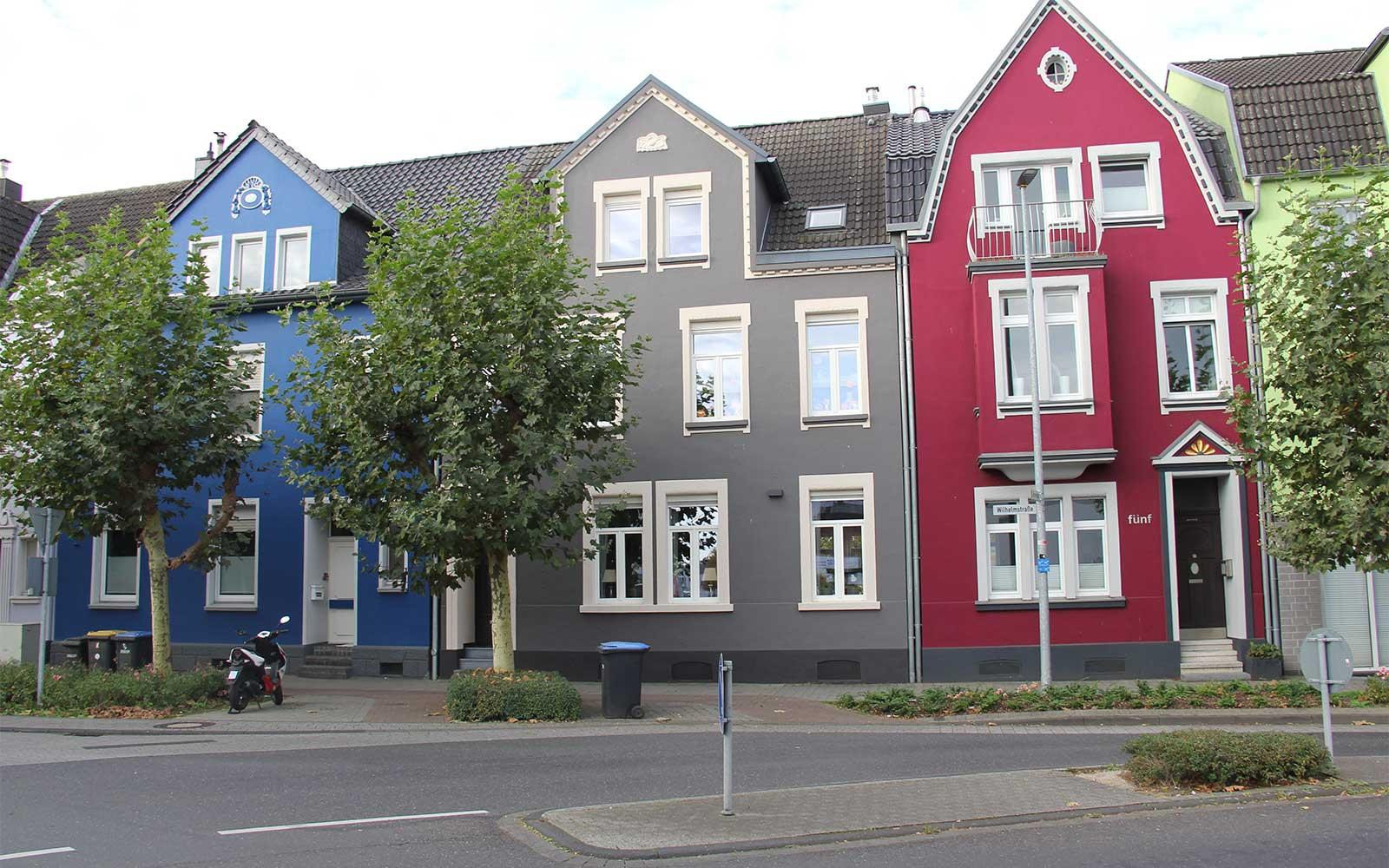 Positives Gestaltungsbeispiel Gebäude/stadtnahes Wohnen